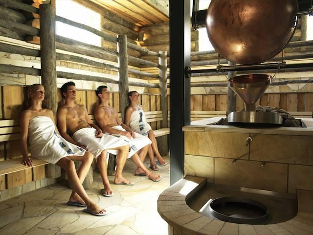 Seksitrefiit vogue gay sauna kokemuksia