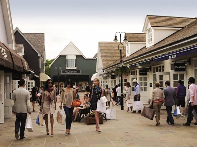 Bicester Village Outlet Shopping
